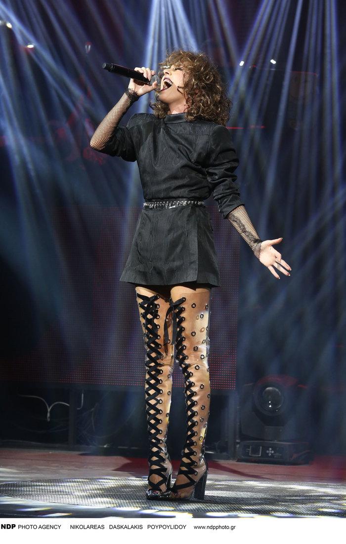 Δείτε τις εκπληκτικές μπότες που φόρεσε η Τάμτα στην πρεμιέρα της - εικόνα 2