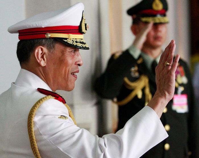 Ταϊλάνδη: Αρνείται να στεφθεί τώρα βασιλιάς ο εκκεντρικός πρίγκηπας - εικόνα 2
