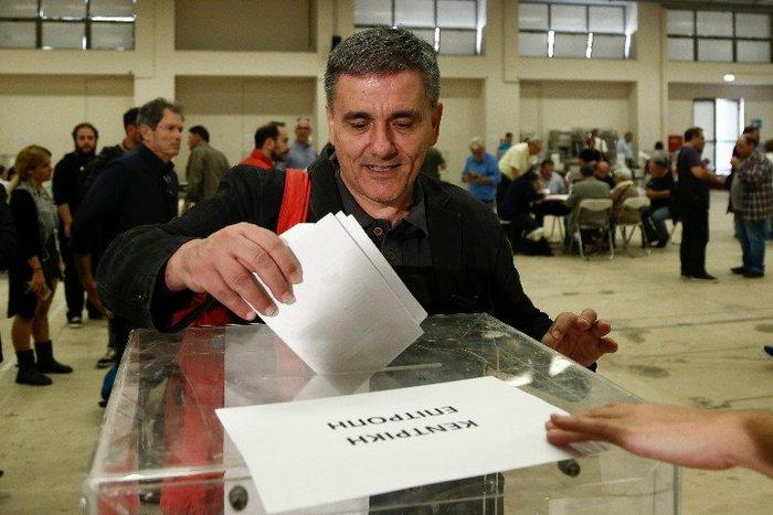 Με ποσοστό «οικουμενικό» πάνω από 93% επανεξελέγη ο Τσίπρας - εικόνα 6