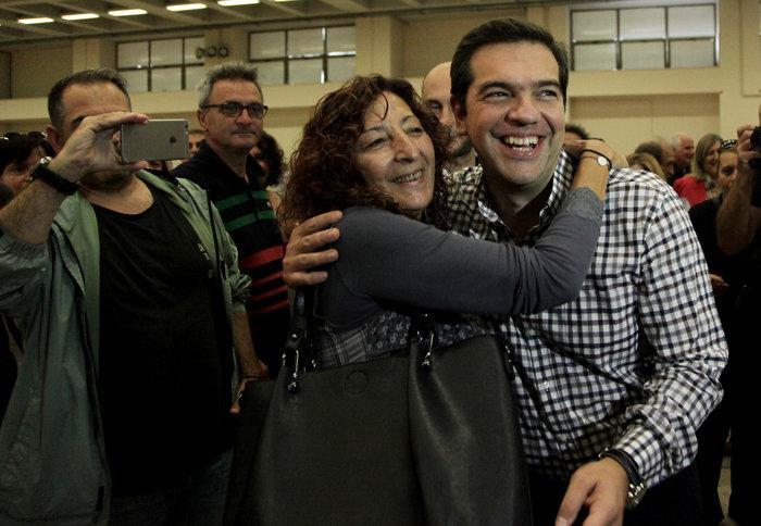 Με ποσοστό «οικουμενικό» πάνω από 93% επανεξελέγη ο Τσίπρας - εικόνα 7