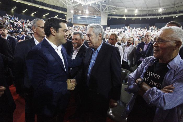 Tα highlights του συνεδρίου του ΣΥΡΙΖΑ μέσα από 25 καρέ - εικόνα 6