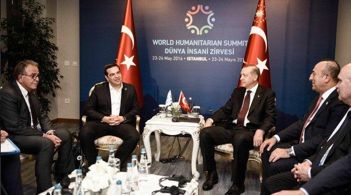 Αλέξης Τσίπρας και Ταγίπ Ερντογάν κατά τη διάρκεια παλαιότερης συνάντησής τους