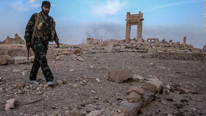 La Stampa: Πως η μαφία καιτο ISIS διακινούν τις λεηλατημένες αρχαιότητες