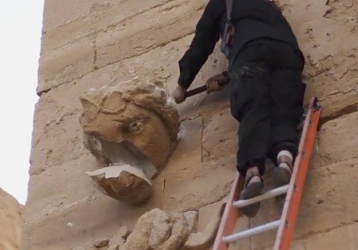 La Stampa: Πως η μαφία καιτο ISIS διακινούν τις λεηλατημένες αρχαιότητες - εικόνα 2