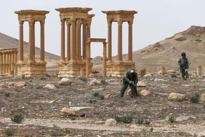 La Stampa: Πως η μαφία καιτο ISIS διακινούν τις λεηλατημένες αρχαιότητες - εικόνα 4