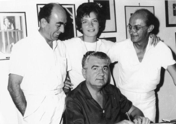 Ο Δ, Ψαθάς με τον Δ. Παπαγιαννόπουλο, την Τζένη Καρέζη και τον Ντίνο Ηλιόπουλο