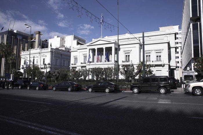 Στην Αθήνα οι «υπερπράκτορες» για την ασφάλεια του Κέρι