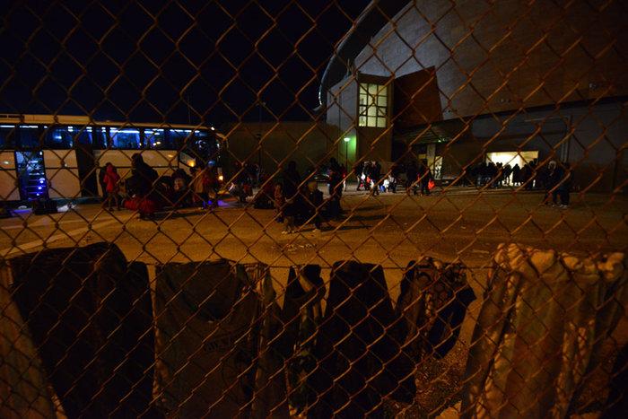 Οι πρώτοι πρόσφυγες από την Ειδομένη έφτασαν στην Αθήνα