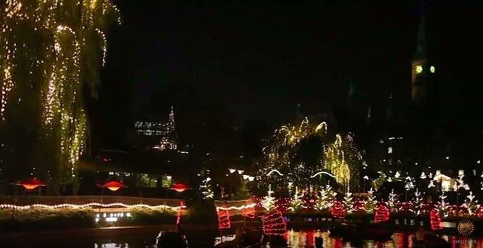 800.000 λαμπάκια στην πιο εντυπωσιακή χριστουγεννιάτικη αγορά της Ευρώπης - εικόνα 7
