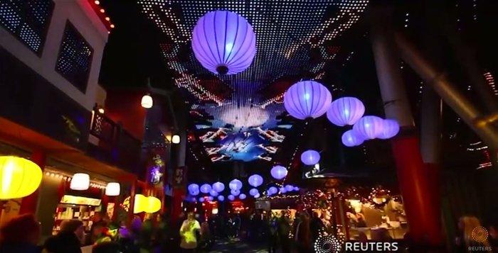 800.000 λαμπάκια στην πιο εντυπωσιακή χριστουγεννιάτικη αγορά της Ευρώπης - εικόνα 10
