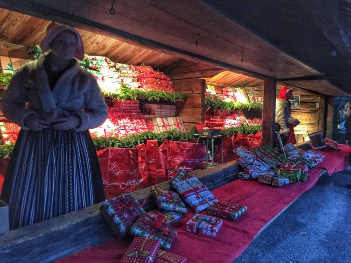 Αύρα Χριστουγέννων πλημμύρισε τη μαγευτική Στοκχόλμη! [Εικόνες] - εικόνα 20