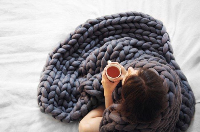 H γυναίκα που έγινε ζάπλουτη φτιάχνοντας αυτές τις υπερμεγέθεις κουβέρτες - εικόνα 5