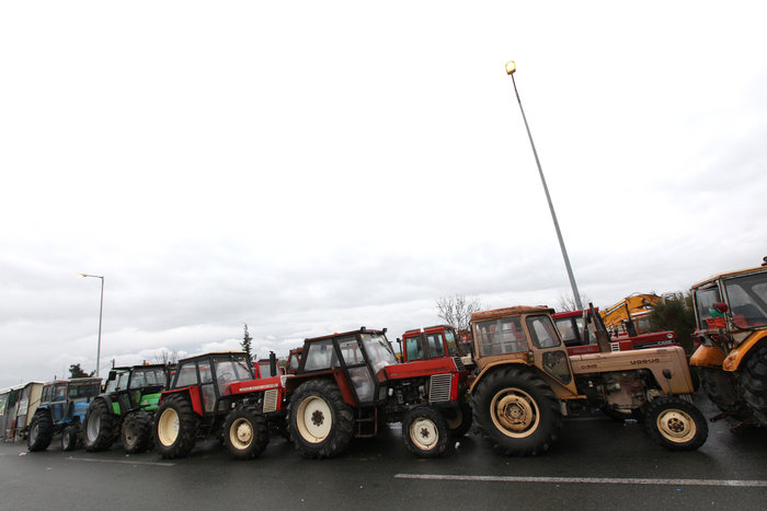 Λάρισα:Ετοιμάζονται να βγουν στους δρόμους με τα τρακτέρ οι αγρότες - εικόνα 2