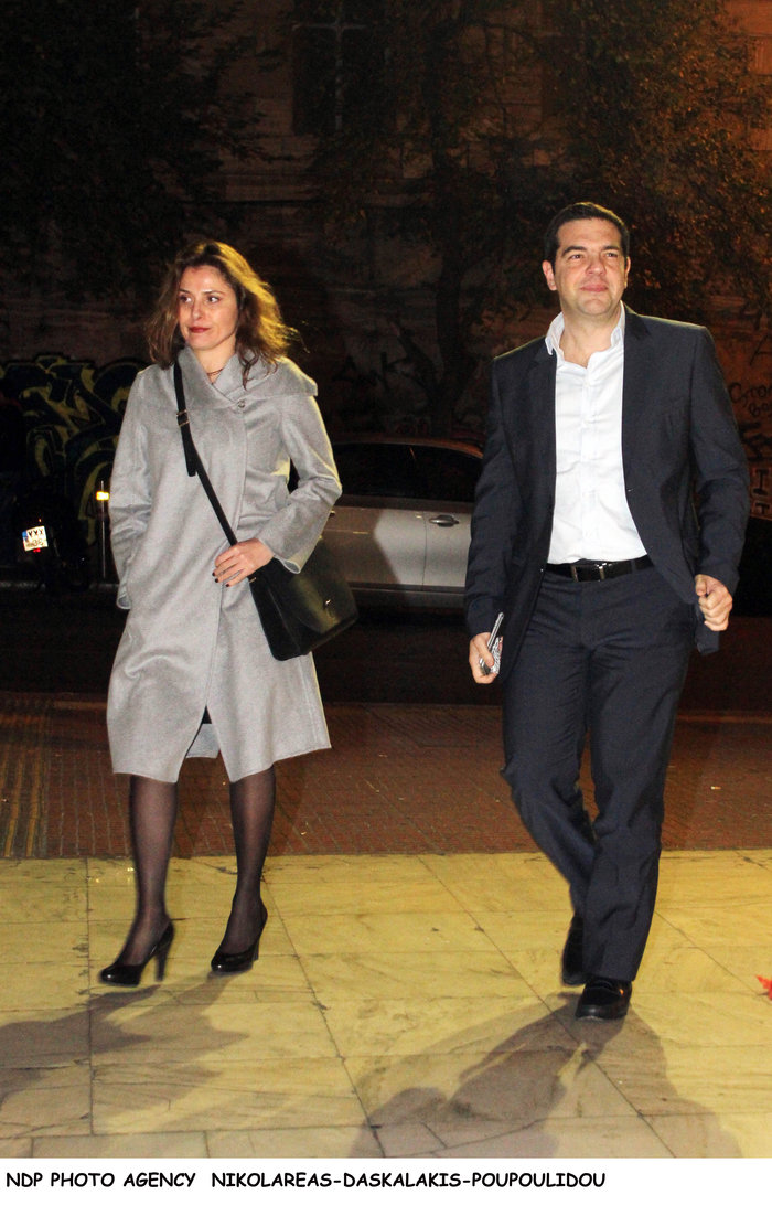 Ο Τσίπρας με το υπουργικό συμβούλιο... πήγε θέατρο