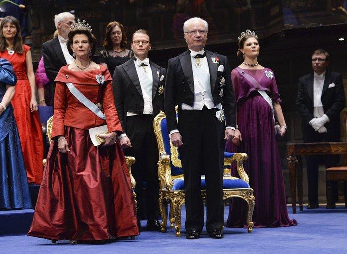 Η απόλυτη χλιδή στα βραβεία Νόμπελ. Το βασιλικό δείπνο! [Εικόνες] - εικόνα 2