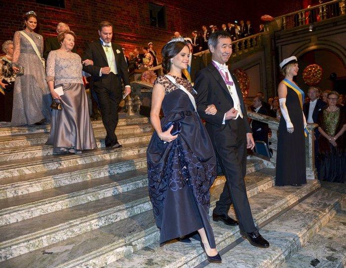 Η απόλυτη χλιδή στα βραβεία Νόμπελ. Το βασιλικό δείπνο! [Εικόνες] - εικόνα 6