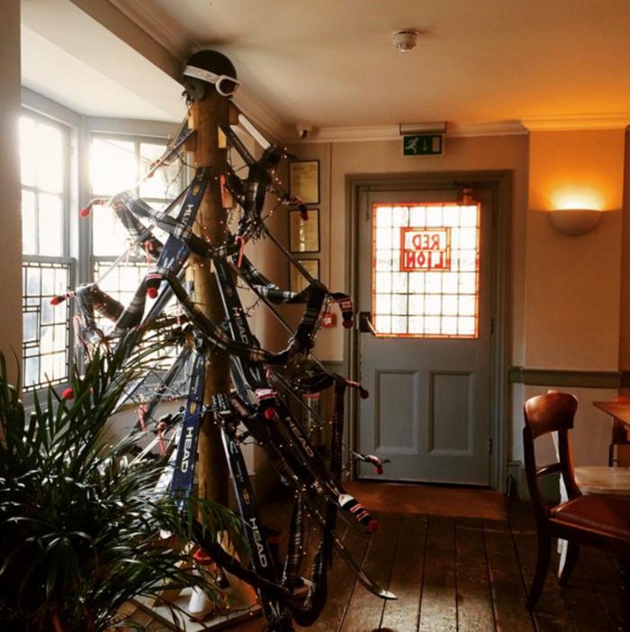 15 Xριστουγεννιάτικα δέντρα που δεν είναι δέντρα