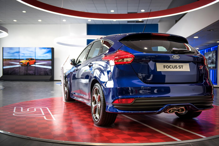 Στο PowerWall μπορείς να σχεδιάσεις και να δεις live το δικό σου Ford όπως το έχεις φανταστεί