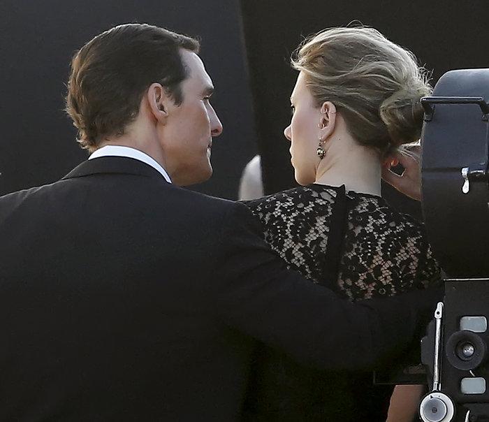 Σκάνδαλο στο Χόλιγουντ: Σκάρλετ Γιόχανσον-Μάθιου Μακόναχι παράνομο ζευγάρι; - εικόνα 2