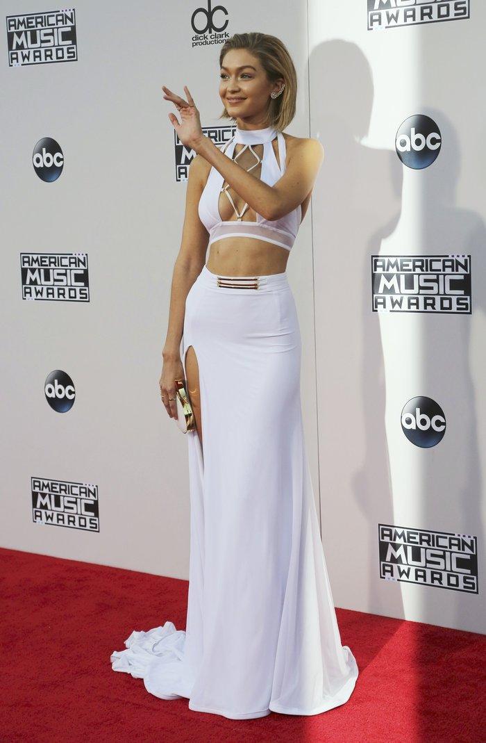 Ανατροπή απ'τη Vogue: Supermodel της χρονιάς Κένταλ Τζένερ & Τζίτζι Χαντίντ - εικόνα 6