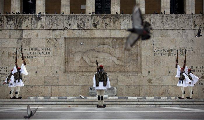 Η Προεδρική Φρουρά γίνεται 147 ετών! Δείτε φωτό από το χθες και το σήμερα - εικόνα 9