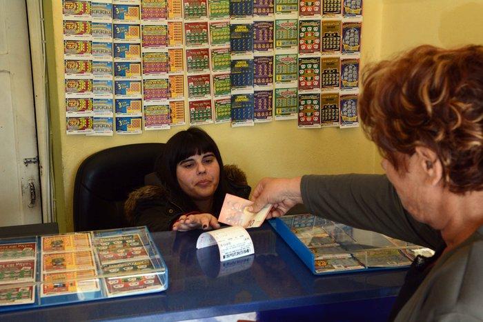 Όλη η Ελλάδα ψάχνει τον τυχερό του τζόκερ - εικόνα 3