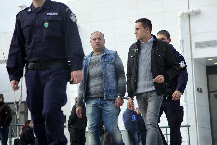 Αναβλήθηκε η δίκη για τη δολοφονία Κουμανταρέα