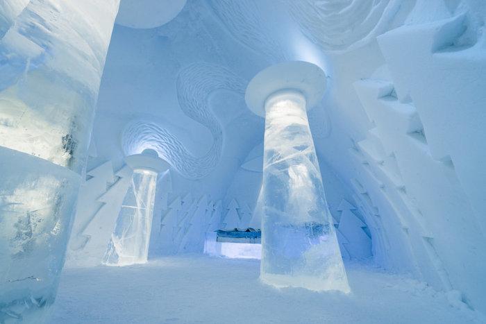 Απίστευτο: Ξενοδοχείο σμιλεμένο σε 4.000 τόνους πάγου!