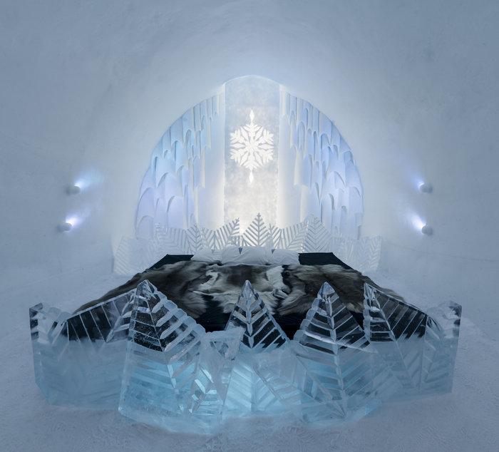 Απίστευτο: Ξενοδοχείο σμιλεμένο σε 4.000 τόνους πάγου! - εικόνα 4