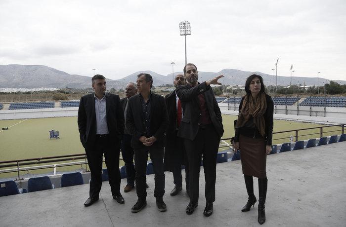 Θεοδωράκης:Τα κενά στρατόπεδα να γίνουν  χώροι φιλοξενίας μεταναστών