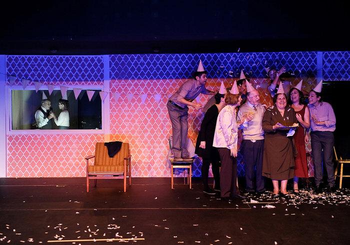 Έξι νέοι ηθοποιοί συναντούν το γήρας σε μια παράσταση ντοκουμέντο της ζωής - εικόνα 5