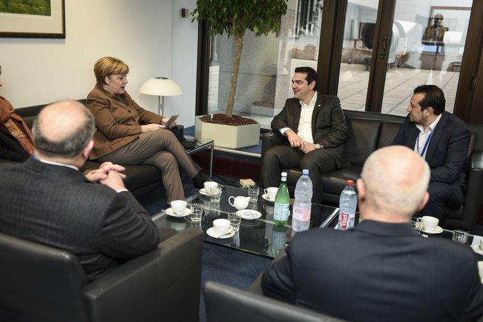 Τι συζήτησαν Τσίπρας-Μέρκελ στις Βρυξέλλες - εικόνα 2