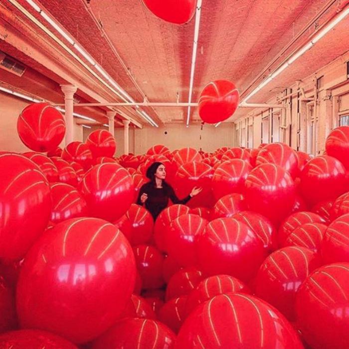 Τα μπαλόνια του Martin Creed είναι εφήμερα αλλά καίνε καρδιές!