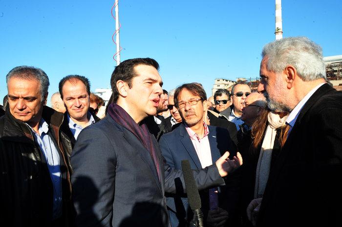 H αναπάντεχη... συνάντηση του Τσίπρα στο Κερατσίνι - εικόνα 6