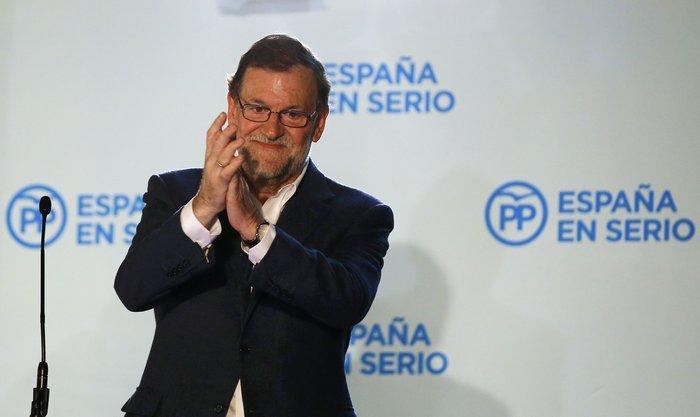 Πρώτος χωρίς αυτοδυναμία ο Ραχόι, τρίτο το Podemos
