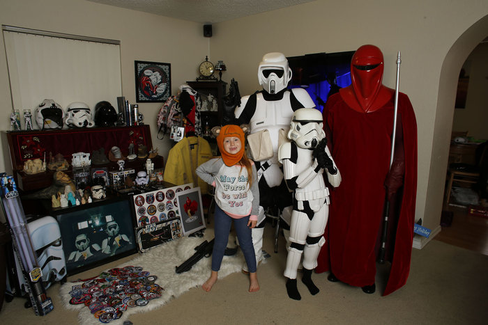 Oι οπαδοί του Star Wars σε όλο τον κόσμο και οι απίθανες συλλογές τους