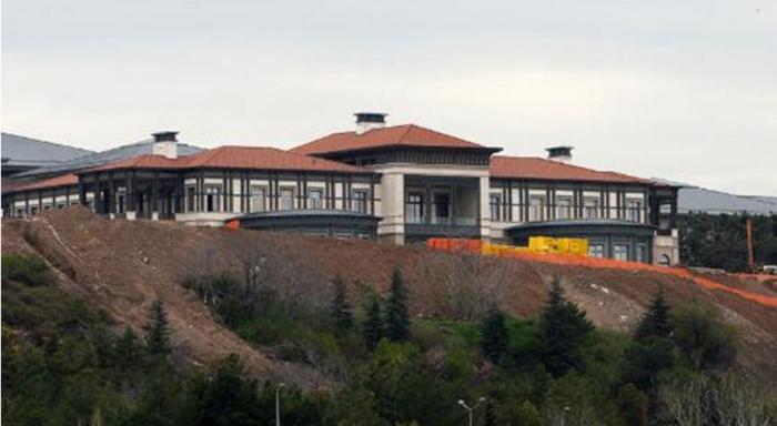 Αυτό είναι το νέο παλάτι του Ερντογάν με 250 δωμάτια!