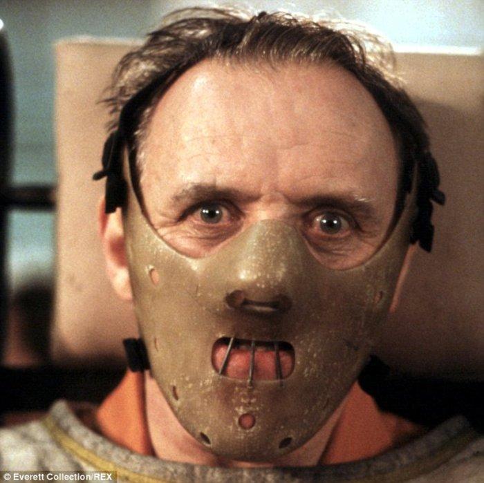 Βρες τη σταρ πίσω από τη μάσκα: Η νέα παράνοια του Χόλιγουντ που σαρώνει - εικόνα 15