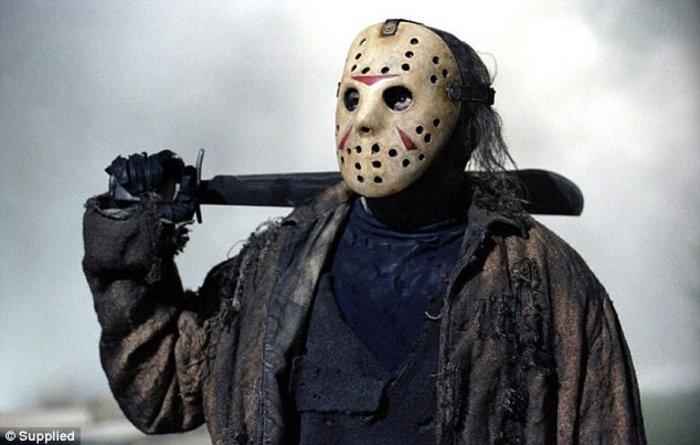 Βρες τη σταρ πίσω από τη μάσκα: Η νέα παράνοια του Χόλιγουντ που σαρώνει - εικόνα 16