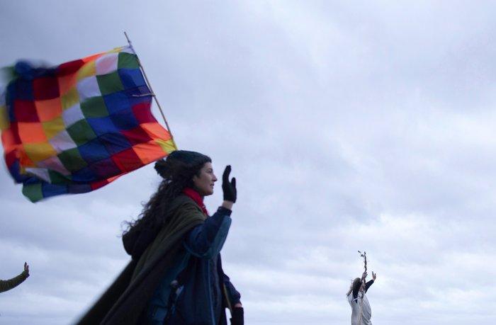 Στόουνχεντζ:«Πιστοί» γιορτάζουν το χειμερινό ηλιοστάσιο με εκκεντρικό τρόπο - εικόνα 9
