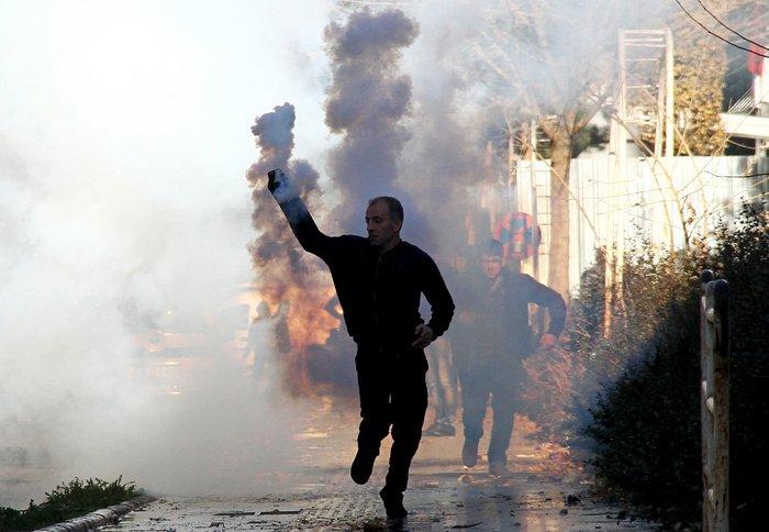 Μάχες στους δρόμους του Ντιγιάρμπακιρ για την απαγόρευση της κυκλοφορίας - εικόνα 3