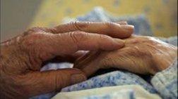 Στραγγάλισαν & επιχείρησαν να κάψουν 89χρονο στην 'Ανδρο