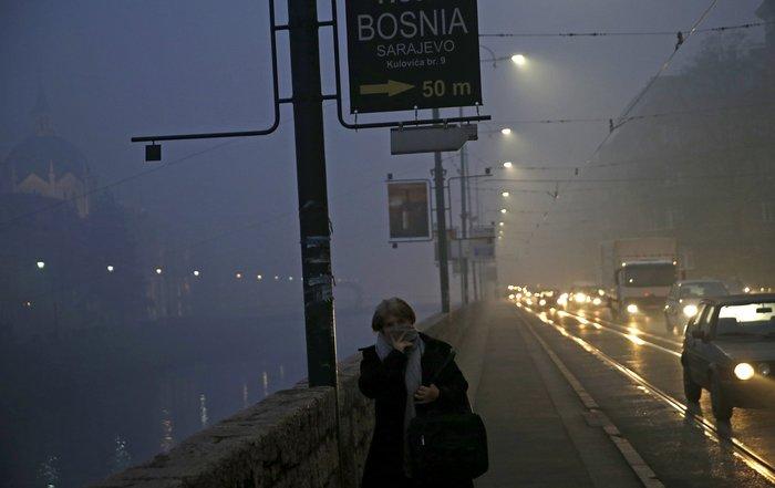 Συναγερμός στο Σαράγεβο που πνίγεται στον καπνό - εικόνα 8
