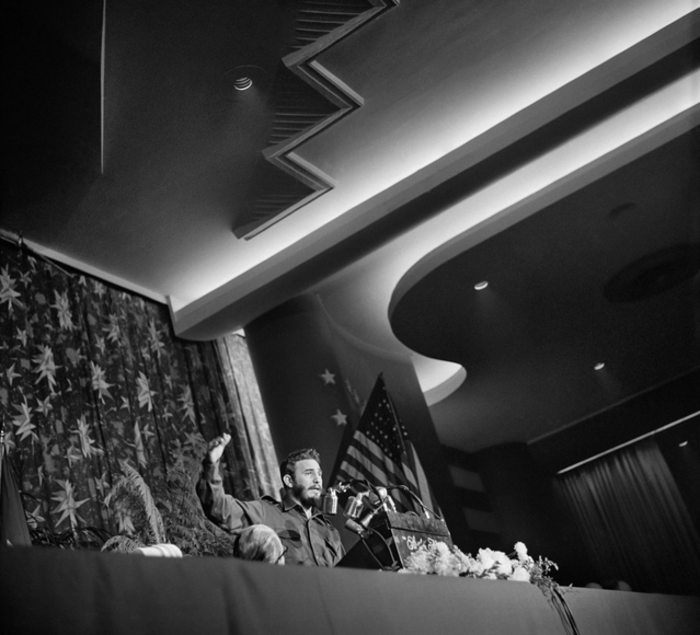 Ο Κάστρο μιλά στην Ένωση εκδοτών εφημερίδων στο Statler Hotel της Ουάσιγκτον