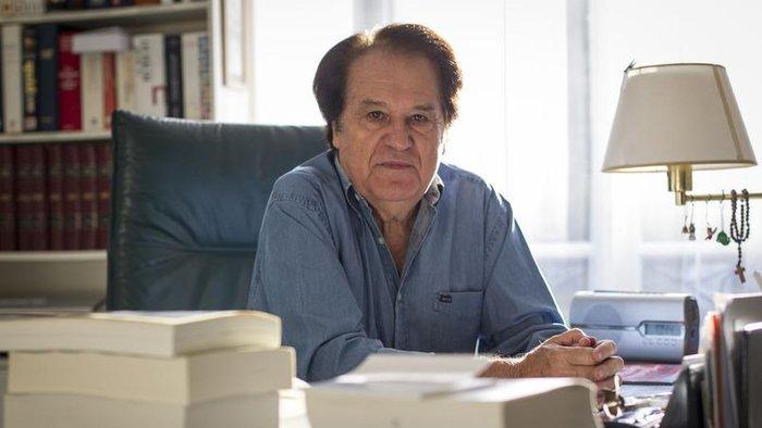 "Jacques Julliard :""Η γαλλική Αριστερά αντιμετωπίζει μια θεμελιώδη κρίση"""