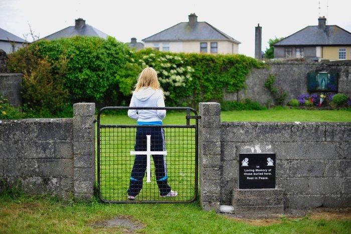 Ομαδικός τάφος με 800 παιδιά στο προαύλιο Ιδρύματος - εικόνα 5