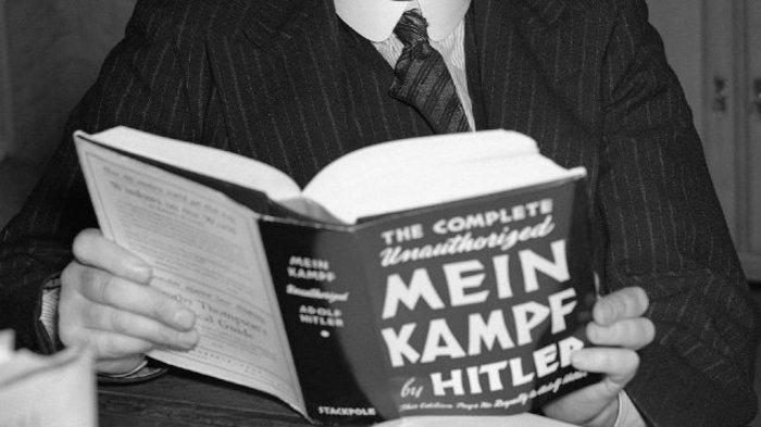 Ποιoς φοβάται σήμερα το βιβλίο του Χίτλερ; - εικόνα 7
