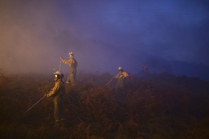 Πυρκαγιές σε δάση της Ισπανίας στην καρδιά του χειμώνα