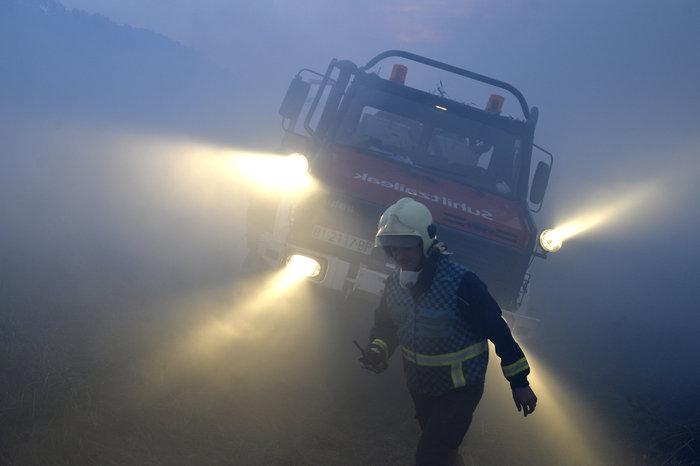 Πυρκαγιές σε δάση της Ισπανίας στην καρδιά του χειμώνα - εικόνα 6