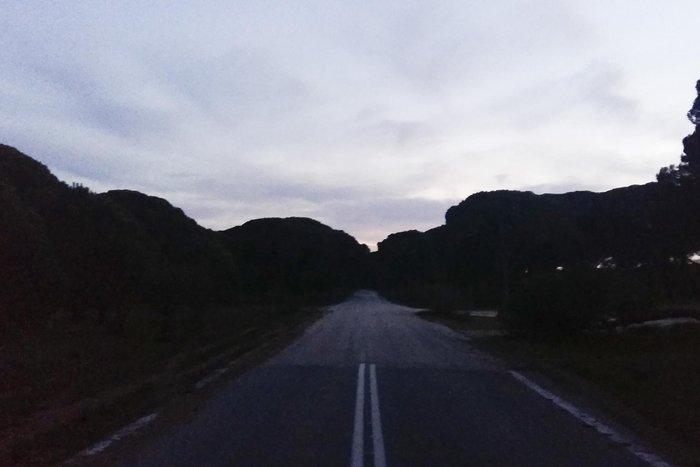 Ηλιοβασίλεμα στο δάσος της Στροφυλιάς στον Άραξο - εικόνα 9